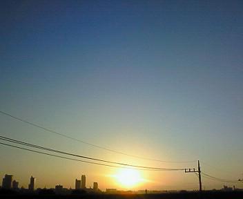日がのぼる